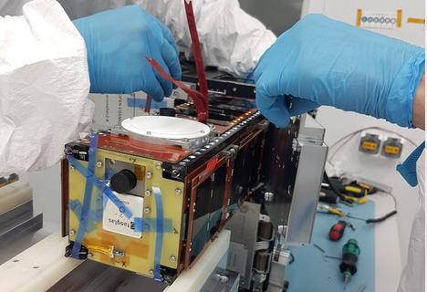 Sateliot ultima con Open Cosmos el lanzamiento de su primer nanosatélite el próximo 20 de marzo