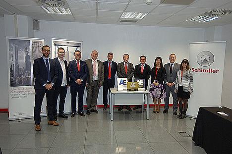 Schindler culmina su participación en el mes de la Excelencia Empresarial en Aragón con una jornada de puertas abiertas y el recibimiento del Sello de Oro