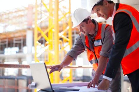 Schneider Electric acompaña a las empresas en el marco de los planes PREE, MOVES II y España Puede