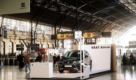 SEAT amplía su acuerdo de movilidad con Renfe Adif