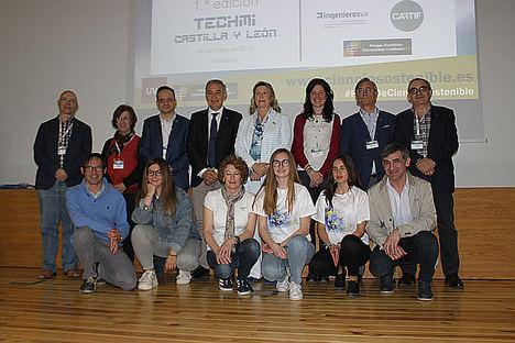 La Universidad de Valladolid y la Real Academia de Ingeniería premian la diversidad de género y la solidaridad en los proyectos tecnológicos finalistas del concurso TECHMI