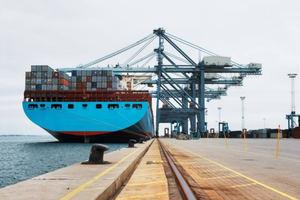 Siemens, Navantia y PYMAR presentan a Industria el Programa para la Transformación del Sector Naval