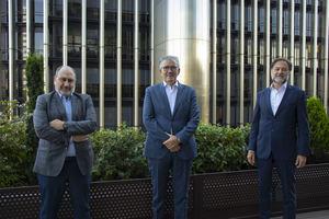 De izqda. a dcha.: Javier Cantera, presidente de Auren Consultores; Juan Carlos Alcaide, CEO de The Silver Economy Company y Mario Alonso, presidente de Auren.