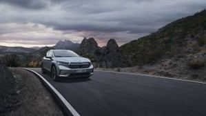 La Titán Desert vuelve a Marruecos con el Skoda Enyaq iV como coche de carrera