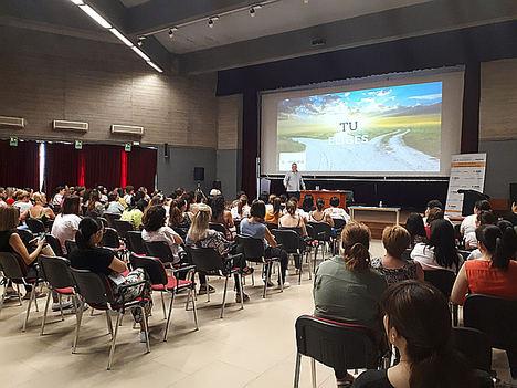 Más de 1.200 mujeres de zonas rurales extremeñas participan en la II edición del programa de emprendimiento social de la Fundación Caja de Extremadura