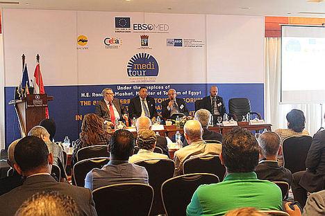 Sostenibilidad, digitalización e incorporación de la mujer al Turismo Mediterráneo