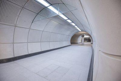 Southco, mejora de la seguridad y el rendimiento de las luminarias de transporte en la línea británica de ferrocarril Crossrail