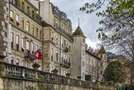 ¿Cómo elegir una empresa de representación en Suiza?