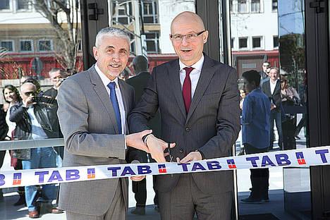 TAB Batteries inaugura sus nuevas instalaciones en Barcelona