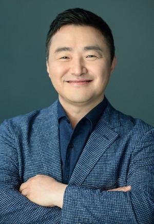 TM Roh, Presidente y Director de Negocios de Comunicaciones Móviles de Samsung Electronics.