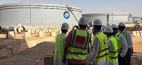 TYPSA supervisa en Arabia Saudí la construcción de la primera desaladora del mundo alimentada por energía solar