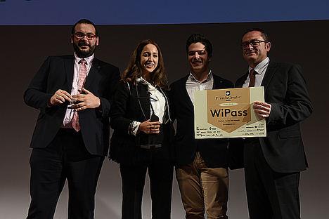 Un dispositivo que facilita la conexión en redes wifi gana el primer Premio Creatic 2018