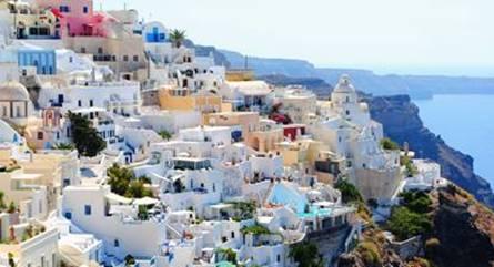 Así planean viajar los españoles este año, según un estudio realizado por ViajerosPiratas