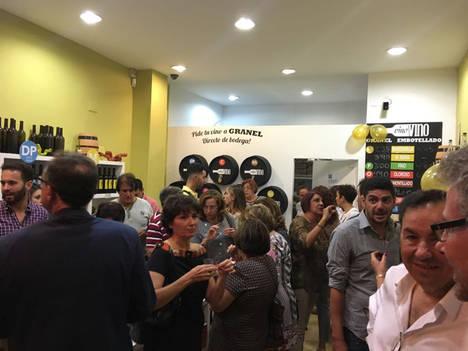 La ciudad de Sevilla recibe por primera vez a Vino Vino