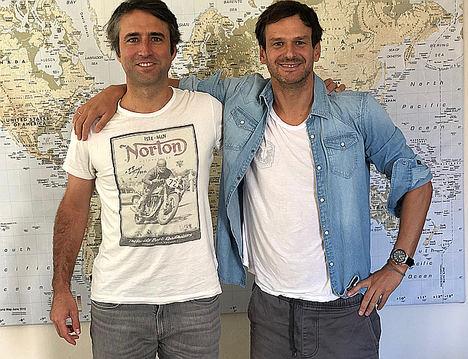 Tomás y Alfredo, Suma CRM.