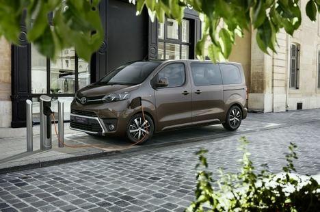 Toyota España lanza la gama 2022 del Proace y Proace Electric