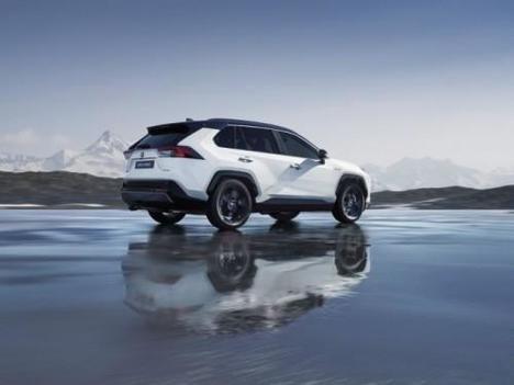 Toyota España refuerza su apuesta por la movilidad sostenible