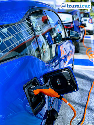 Hibridos y eléctricos, ¿de segunda mano?