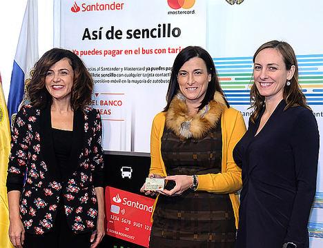 Los usuarios de los autobuses urbanos de Santander podrán pagar el billete de viaje con tarjeta financiera