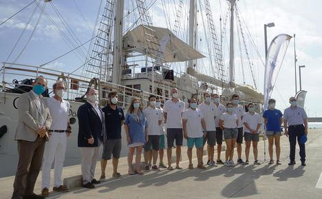El buque-escuela Cervantes Saavedra y el Oceanogràfic presentan la primera Travesía Planeta Azul