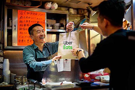 Uber Eats se suma a la reducción de plásticos de un solo uso