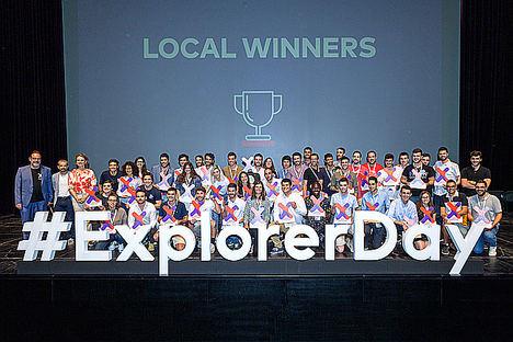 Ganadores locales Explorer 2019 que viajarán a Solicon Valley.