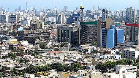 Un despacho español crea la primera plataforma para detectar oportunidades de negocio e invertir con éxito en Perú