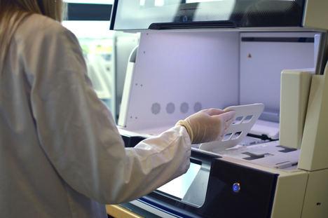 Un estudio presenta nuevas evidencias de la utilidad de los estudios genómicos combinados de biopsia sólida y líquida en cáncer