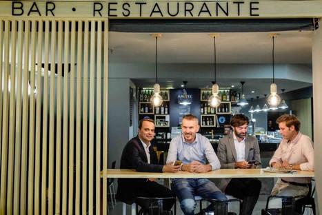 Up SPAIN adquiere la app HeyPlease, que permite pagar en bares y restaurantes con el móvil