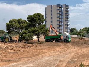 Urbincasa inicia con el movimiento de tierras la construcción del Residencial Seagardens en Campoamor