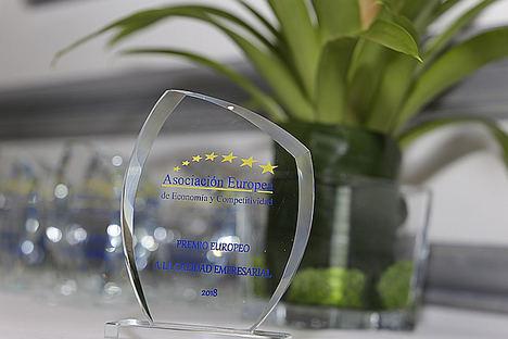 La franquicia de Administración de Fincas Urbiteco, Premio Europeo a la Calidad Empresarial de la AEDEEC