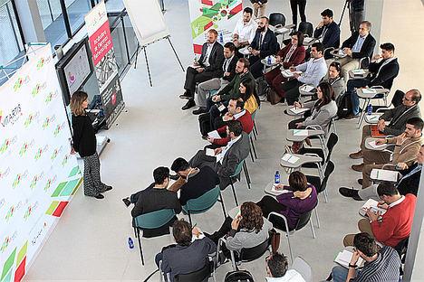 Los socios de Vitartis y representantes de las 'startup', durante la jornada de presentación de nuevas soluciones tecnológicas para el sector agroalimentario.