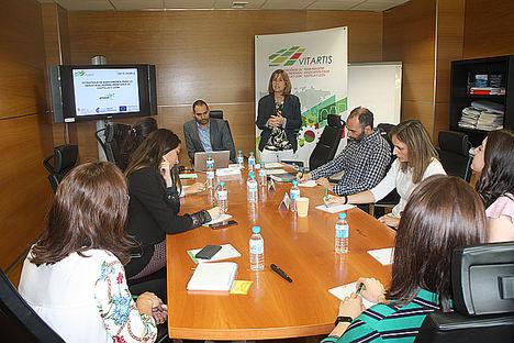 Un momento de la reunión celebrada en Vitartis con motivo del lanzamiento de la estrategia de bioeconomía para la industria agroalimentaria.