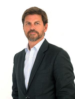 Víctor Carulla.