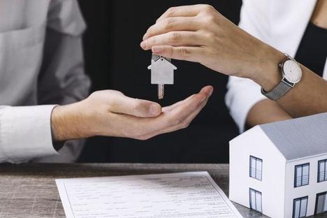 Vender un piso es una carrera de obstáculos que no todo el mundo está preparado para hacer