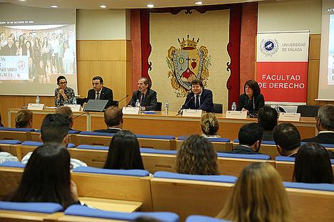 Belén Villena, José Manuel Conejo, Francisco Javier Lara, Juan José Hinojosa y Blanca Sillero, en la inauguración del Máster.
