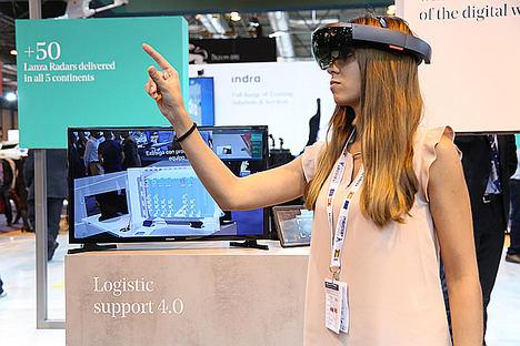 Indra desarrolla un asistente virtual para el mantenimiento de sistemas de defensa basado en gafas de realidad aumentada