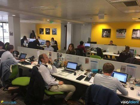 Interior de las oficinas de Visiotalent en París.