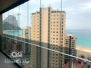 Vitroglass revoluciona el acristalamiento de balcones y terrazas con sus cortinas de cristal