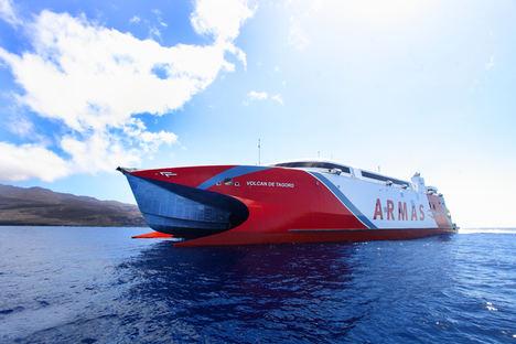 Satlink gana un contrato para proporcionar conectividad satelital de banda ancha a la flota de Naviera Armas Transmediterránea