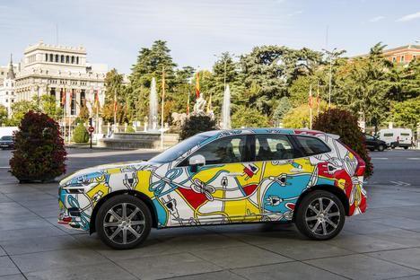 El arte de las Meninas regresa a las calles con modelos Recharge de Volvo