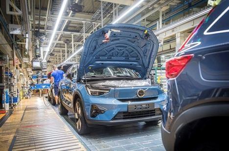 Volvo inicia la producción del C40 Recharge