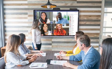 Sharp prevé que la demanda de pantallas interactivas para entornos profesionales crezca a un ritmo del 20% en los tres próximos años en España