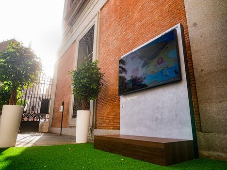 Los visitantes del Museo Nacional del Prado disfrutarán de una nueva pantalla en la terraza de Jerónimos gracias a Samsung