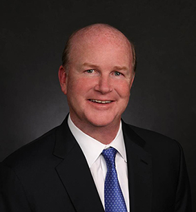 William J. Hayes, consejero delegado y presidente de Berlin Packaging.