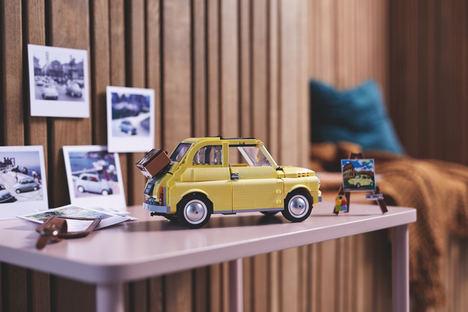 LEGO® viaja a la década de 1960 con su nuevo set LEGO CreatorExpert Fiat 500