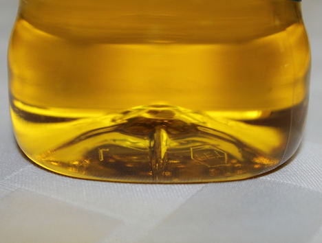 Unión de Uniones señala que el precio del aceite sigue un 22% más bajo que el pasado año, mientras que las importaciones crecen sin freno