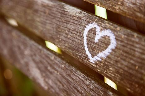 Amarres del amor ¿Cómo se hacen? Recomendamos acudir a un tarot por teléfono para que nos informen más