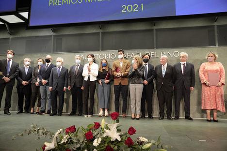 La ministra Raquel Sánchez reconoce la aportación de los arquitectos técnicos al desarrollo del programa de ayudas a la rehabilitación