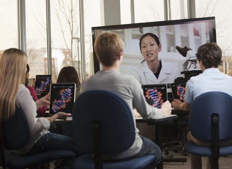 Un Instituto de Nuremberg implanta junto a Atos una potente solución virtual basada en la colaboración digital entre profesores y alumnos